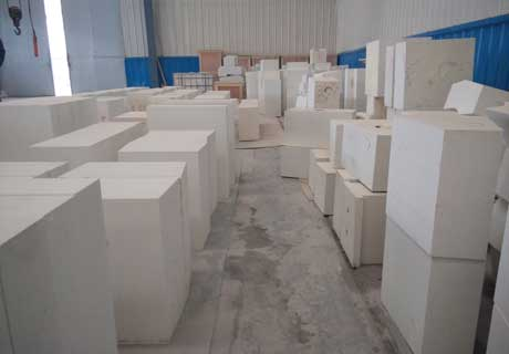 Varius Shapes and Sizes AZS Bricks For Sale